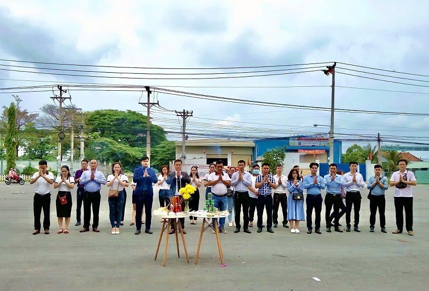 Chủ đầu tư cúng Giỗ tổ tại khu du lịch Hố Lang